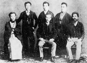 西澤眞藏と協力者たち 明治27年12月31日撮影